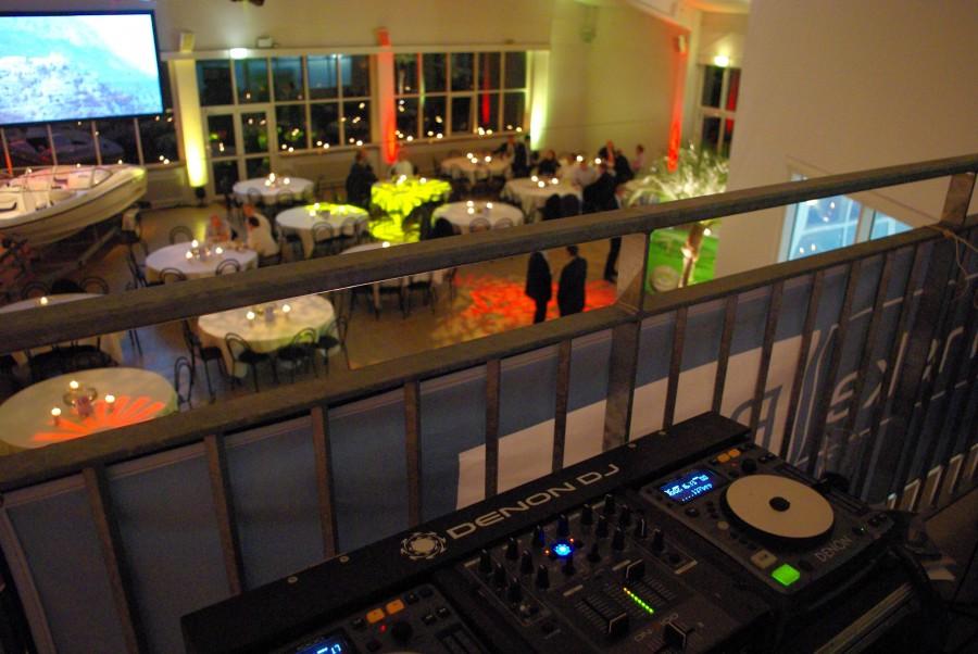Lounge DJ